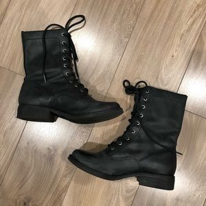 Mia black leather lace up combat boots 6 preowned